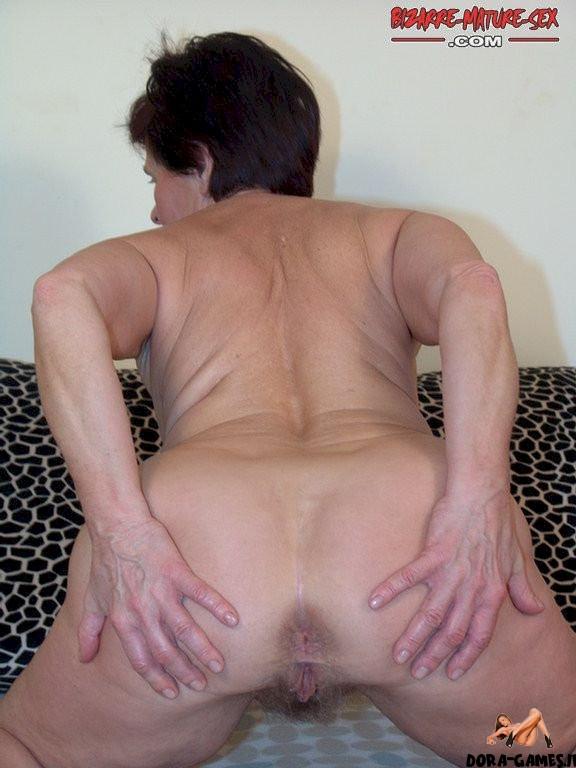 Naked ass granny Homemade granny,