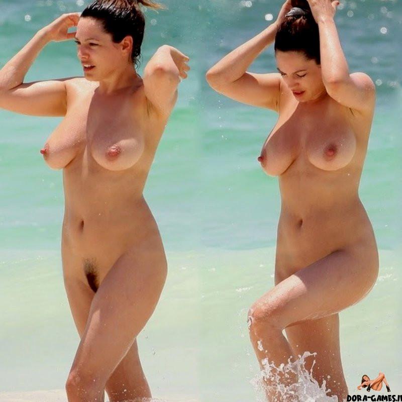 Celebrities topless Topless
