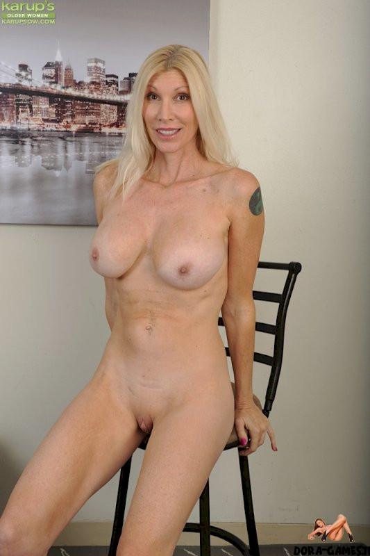 Nude ladies tall Tall Pics